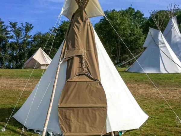 Hearthworks-small tipi festival accommodation