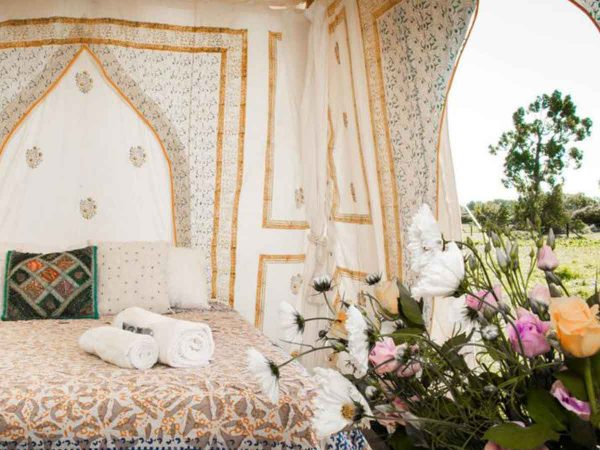 Glastonbury Festival Boutique Camping Bedi tent for 2 flowers